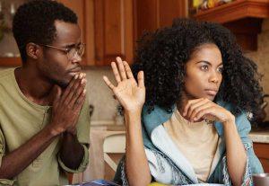 איך להקשיב לבןזוג כועס
